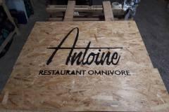 enseigne-restaurant-antoine-06