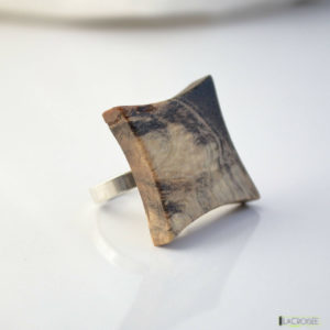 bague-anneau-en-argent-925-en-bois-loupe-de-marronnier-incolore