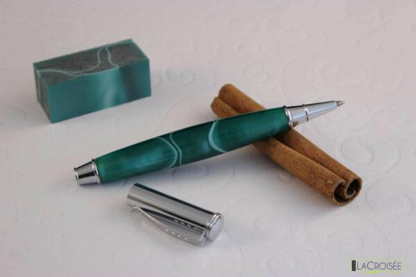 stylo-acrylique-buffalo-vert