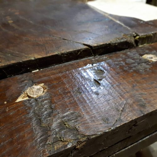 reparation-table-monastere